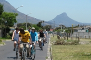 web-siviwe-cycling-looking-back-with-lions-head